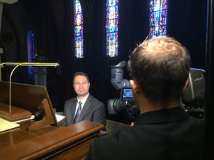 Organist Johann Vexo be interviewed by John Dias of News 12 Brooklyn before playing the organ works of Maurice Durulfé.